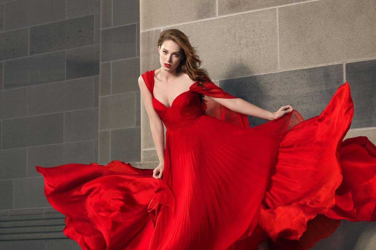 صور حلمت اني لابسه فستان احمر طويل , تفسير رؤية الفستان الاحمر في الحلم