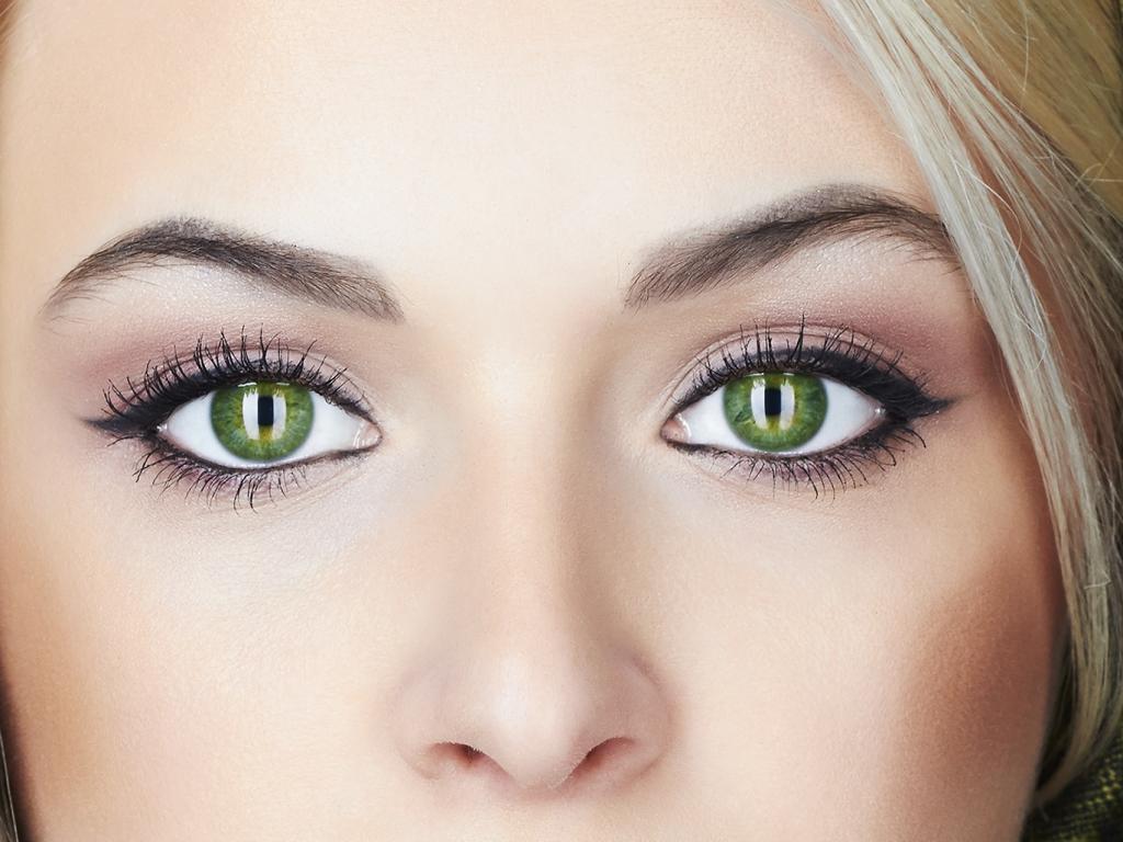 صورة صور اجمل عيون خضراء , كلمات في حب العيون الزرقاء