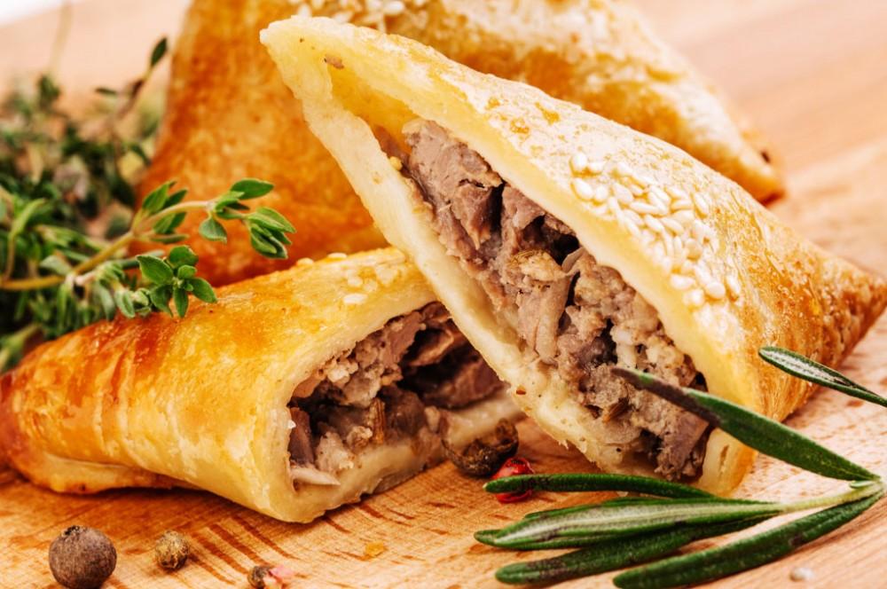 صورة طريقة عمل السمبوسة باللحمة المفرومة , اسهل وصفة للحم المفروم مع السمبوسة شهية