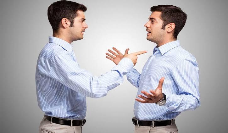 صورة الكلام مع النفس , هل الكلام مع النفس هو بداية الطريق للجنون