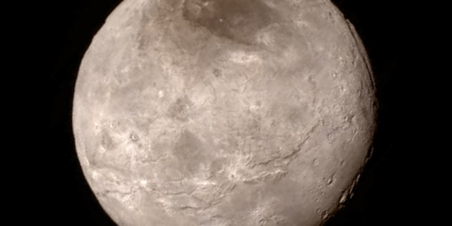 صورة رؤية القمر بدرا كبيرا في المنام , اهم التاويلات حول رؤية القمر