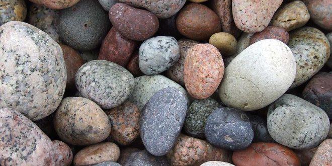 صورة الصخور في المنام , ماذا يعني الحجر في الحلم هل له تفسير