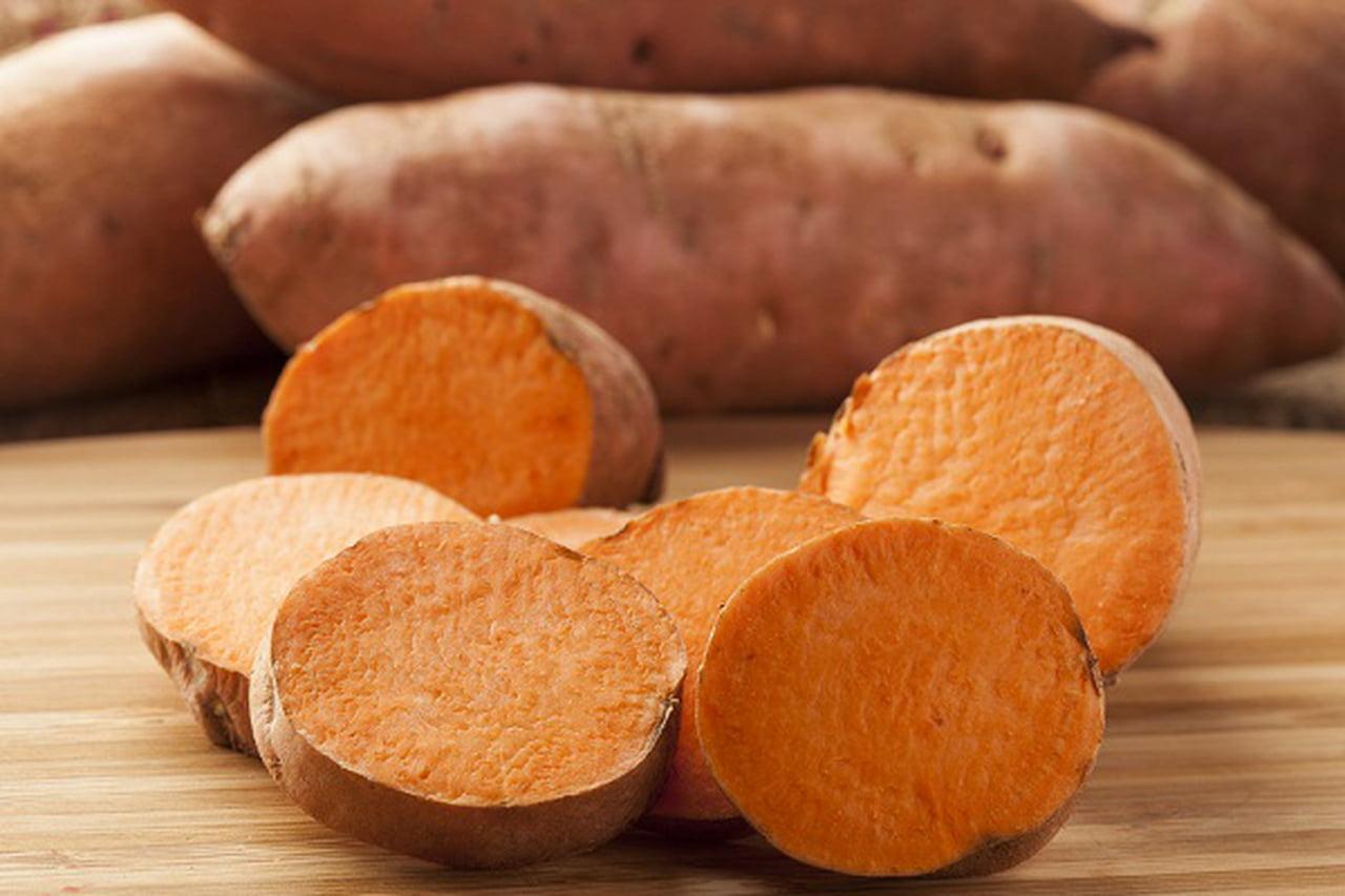 صورة اكل البطاطا في المنام , حلاوة البطاطا فى المنام هل بنفس الجمال