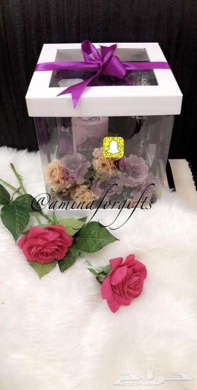 صورة تزيين هدايا بالورد , طريقة سهلة عشان تلف بيها الهدايا 3515 3