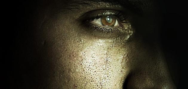 صورة كلمات حزينه جدا ومؤلمه , تجارب الاشخاص امامك في بعض الصور