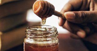 صورة العسل الابيض علي العضو الذكري للرجل , هل يجوز وضع العسل على الذكر
